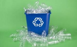 Como fazer a reciclagem de sacolas plásticas?